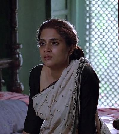 Richa as Nagma Khatoon in Gangs of Wasseypur.