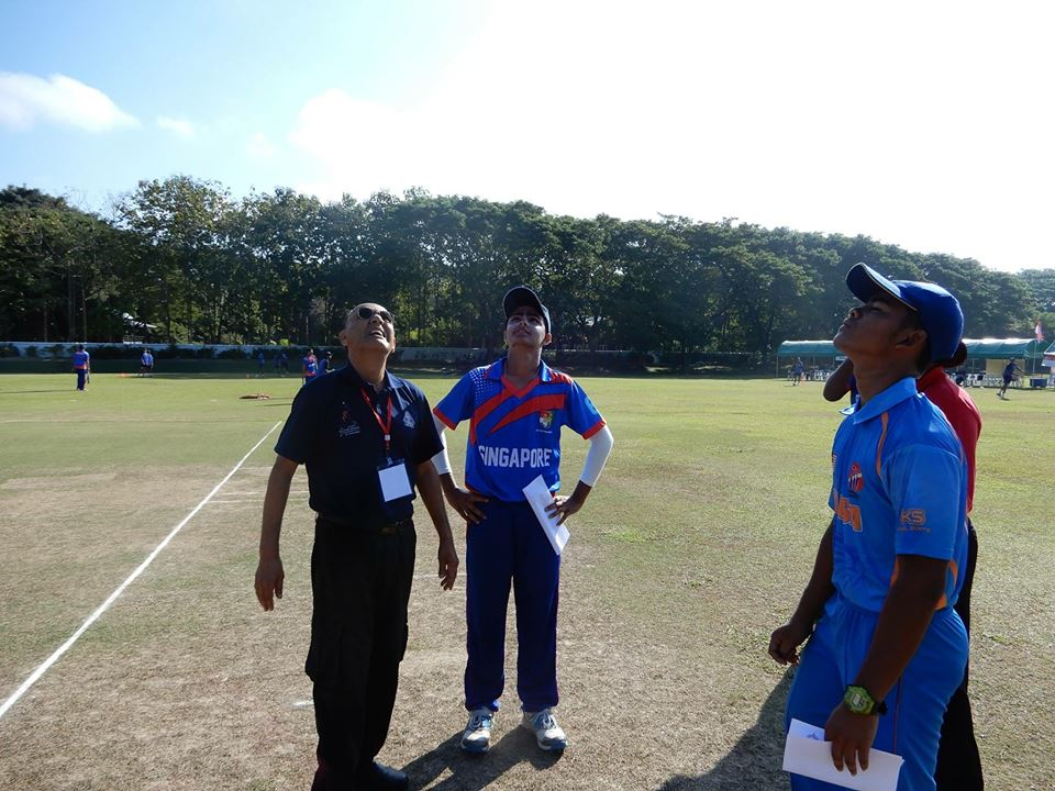 Singapore decided to bat after winning the toss in the opening match with Malaysia in the ongoing Asian Cricket Council Under-16 Eastern Region tournament.