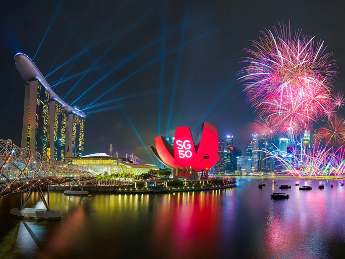 1.Marina Bay Singapore Countdown 2018