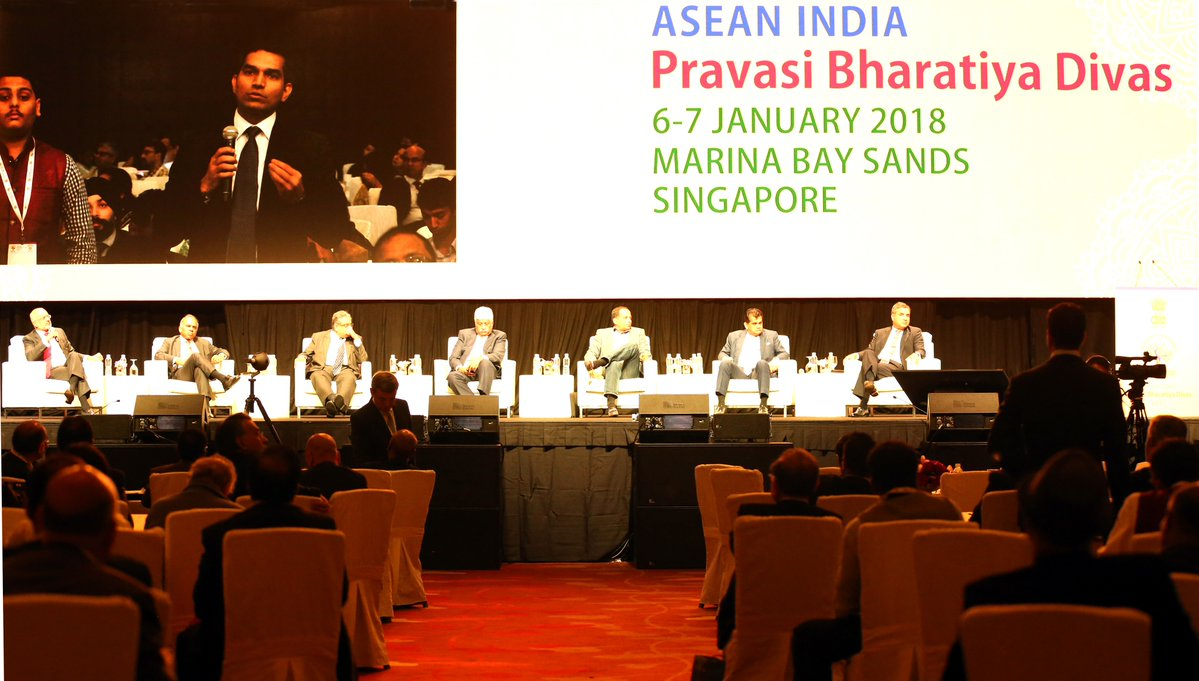 Inquisitive delegates asking questions from the the panelists at the Pravasi Bharatiya Divas in Singapore.