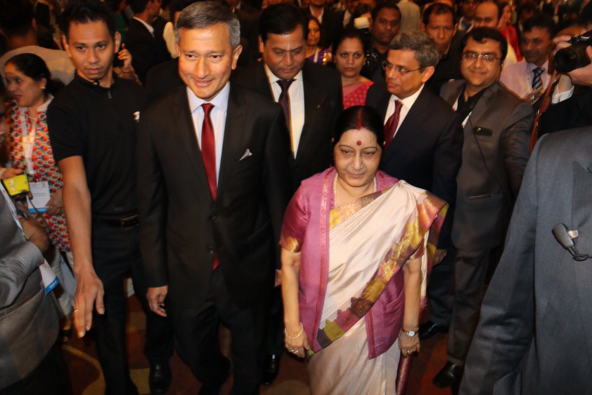 Minister of External Affairs Sushma Swaraj with Singapore Minister for Foreign Affairs Dr Vivian Balakrishnan.