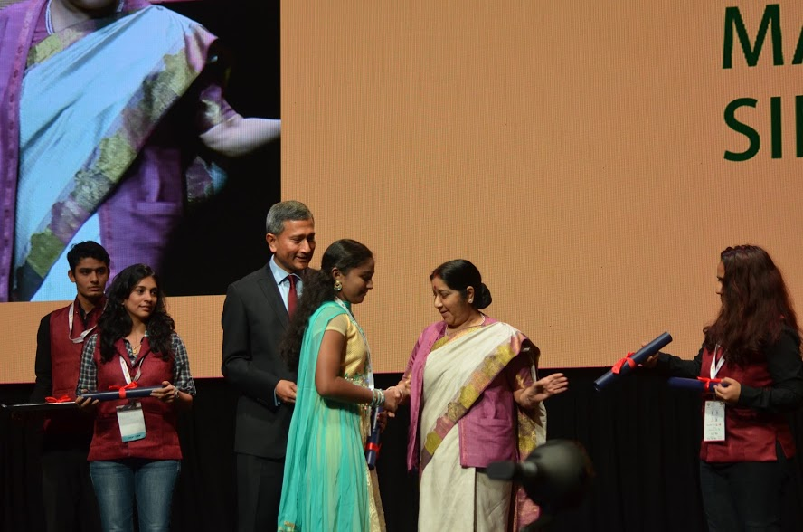 Dr Vivian Balakrishnan with Minister of External Affairs of India Sushma Swaraj.