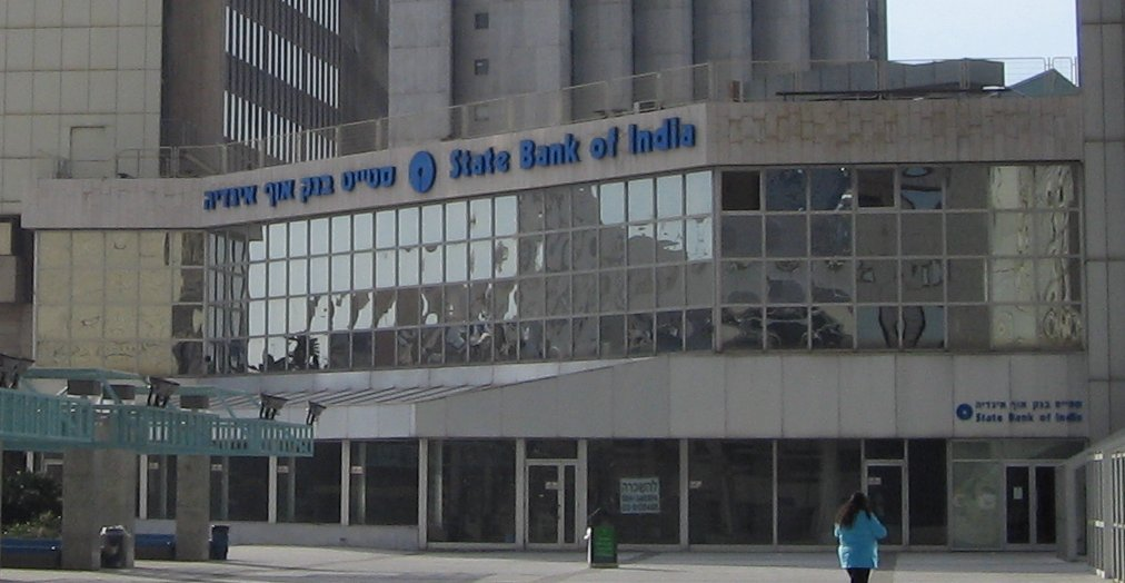 SBI has tied up with Transfast to help NRIs living in US to transfer their funds back to India.
