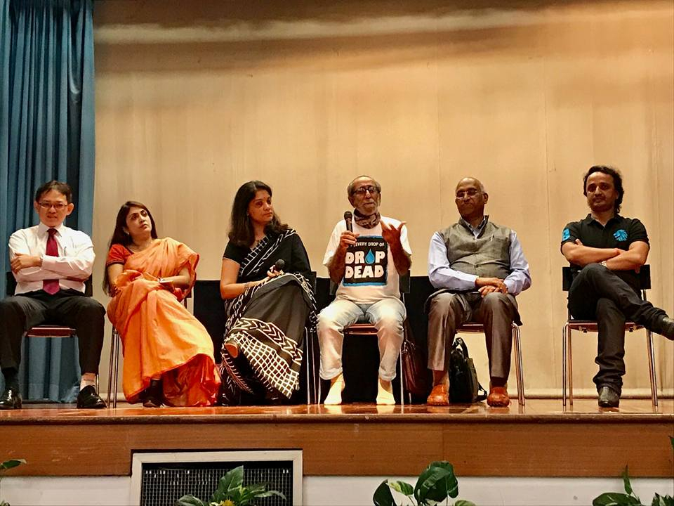 A panel discussion taking place during the Prerna Awards-2017 ceremony organised at Singapore. Photo courtesy: Singapore Language Organisation