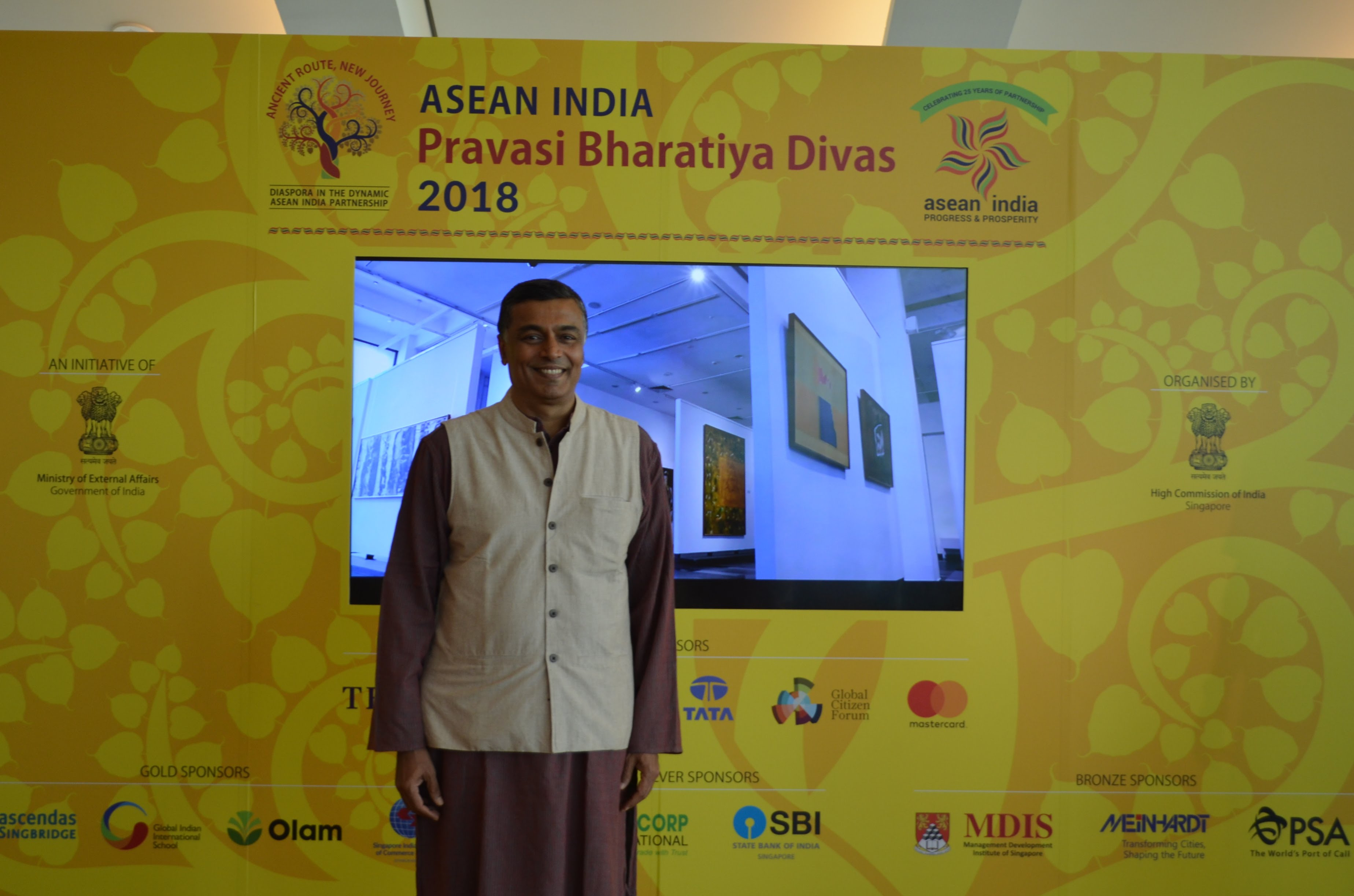 Vijay Bhat was part of the Yoga and Wellness Zone at the recently-concluded Pravasi Bharatiya Divas in Singapore