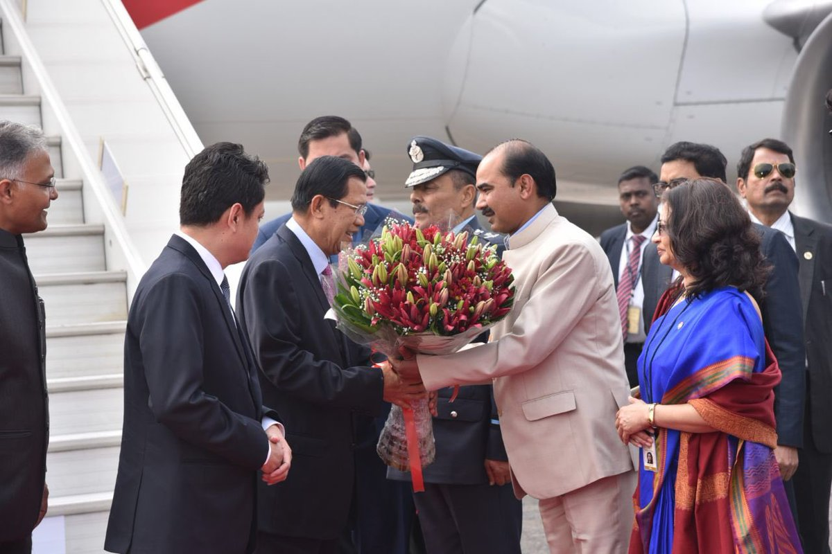 Prime Minister of Cambodia Samdech Techo Hun Sen India being received by Indian Minister of State for Textiles Ajay Tamta at New Delhi airport.