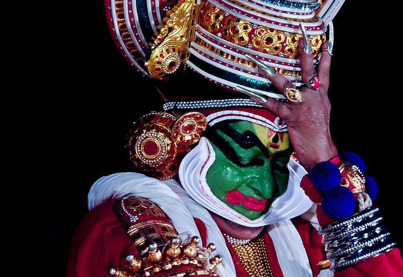 Padmasree Kalamandalam Gopi Asan as Karnan in Karnashapadam.