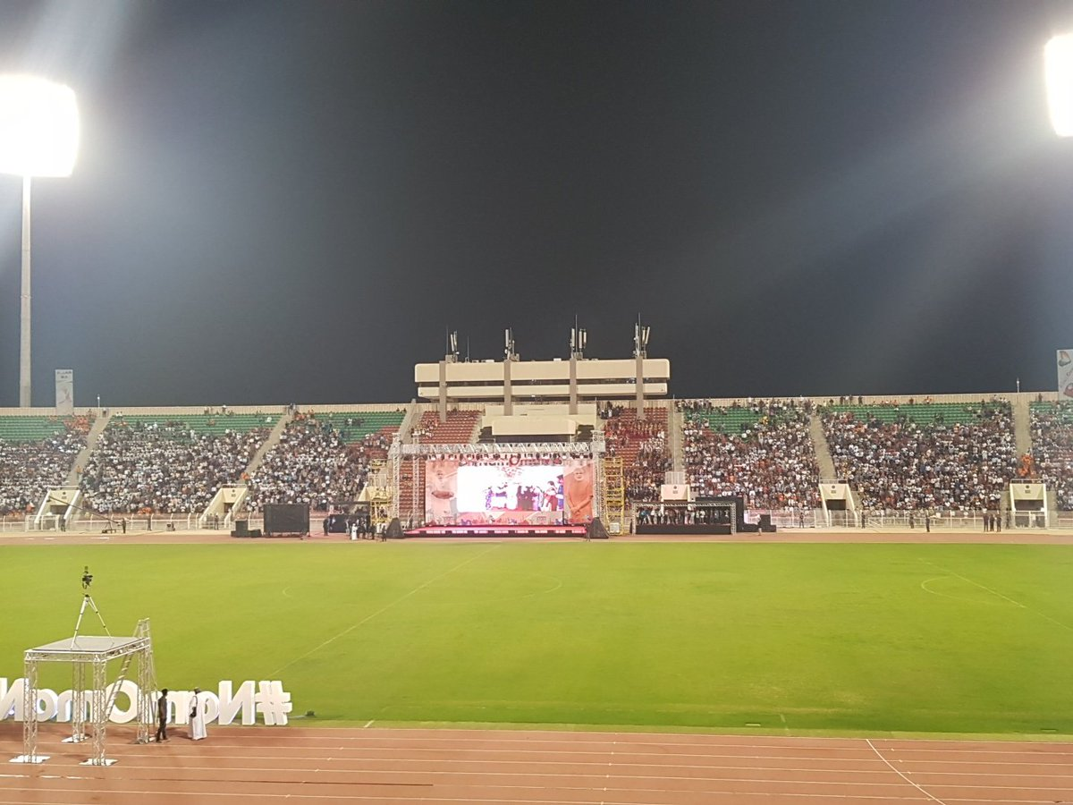 Members of Indian community turned in large numbers at the Sultan Qaboos Sports Complex in Muscat to listen to Prime Minister Narendra Modi's speech.