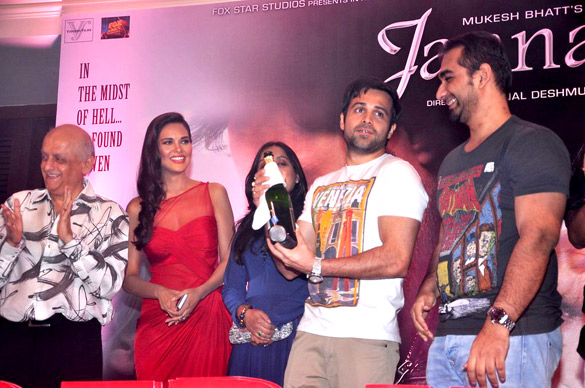 (From left) Mukesh Bhatt, Esha Gupta, Emraan Hashmi and Kunal Deshmukh at the success bash for 'Jannat 2'. Photo courtesy: Wikimedia