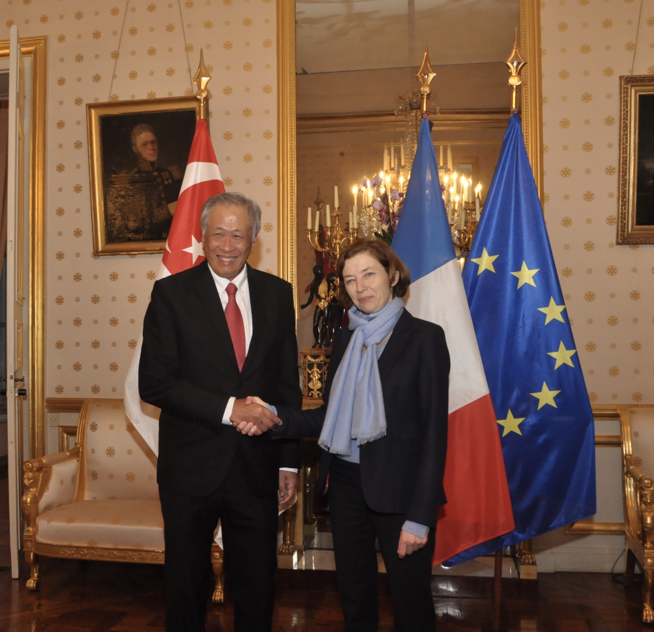 Dr Ng Eng Hen meeting with French Minister for the Armed Forces Florence Parly prior to the investiture ceremony.
