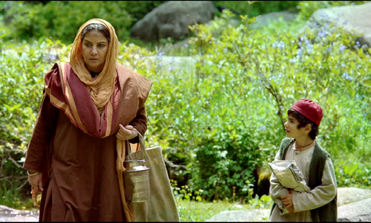 Indian film '5 Rupya' revolves around the story of an eight-year-old orphan boy and his grandmother. Photo courtesy: DIFF