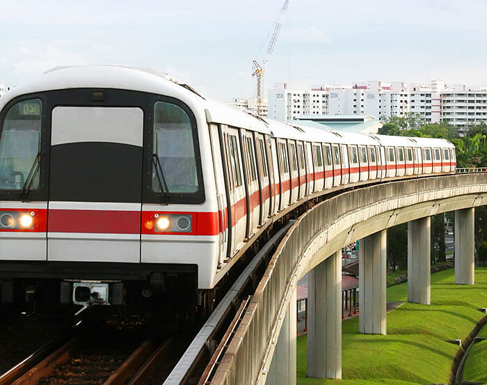 SMRT has signed agreement with McLaren to monitor performance of MRT trains using Formula 1 technology.