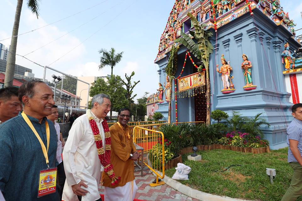 Prime Minister Lee Hsien Loong going to attend the re-consecration ceremony of the 164-year-old Sri Srinivasa Perumal Temple in Singapore. Photo courtesy:  Facebook page of PM Lee