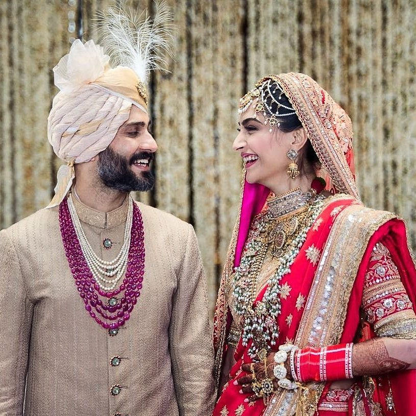 Sonam Kapoor and Anand Ahuja are now married.