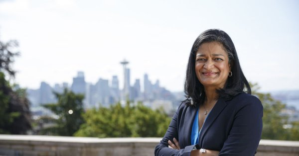 Pramila Jayapal currently serves as the US Representative from Washington's 7th congressional district.