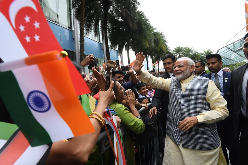 There was jubiliation among the Indian community to catch a glimpse of PM Modi. Photo courtesy: Twitter/@PMOIndia