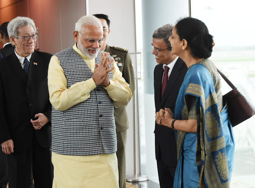 Indian High Commissioner to Singapore, HE Jawed Ashraf (third from left) along with senior officials welcoming Indian Prime Minister Narendra Modi on his arrival in Singapore.
