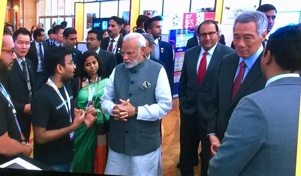 Indian Prime Minister Narendra Modi interacting with the entrepreneurs at the India-Singapore Enterprise and Innovation Exhibition. Photo: Connected to India