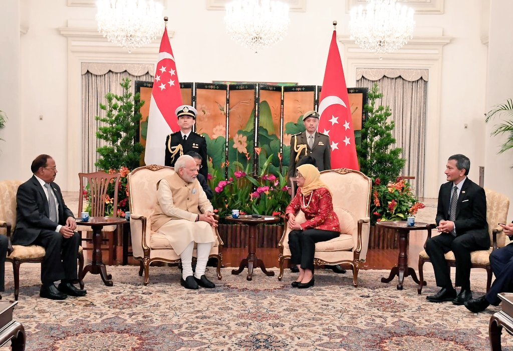 Both the leaders exchanged views to strengthen bilateral relations between India and Singapore and explored further cooperation in the flagship initiatives of the Government.