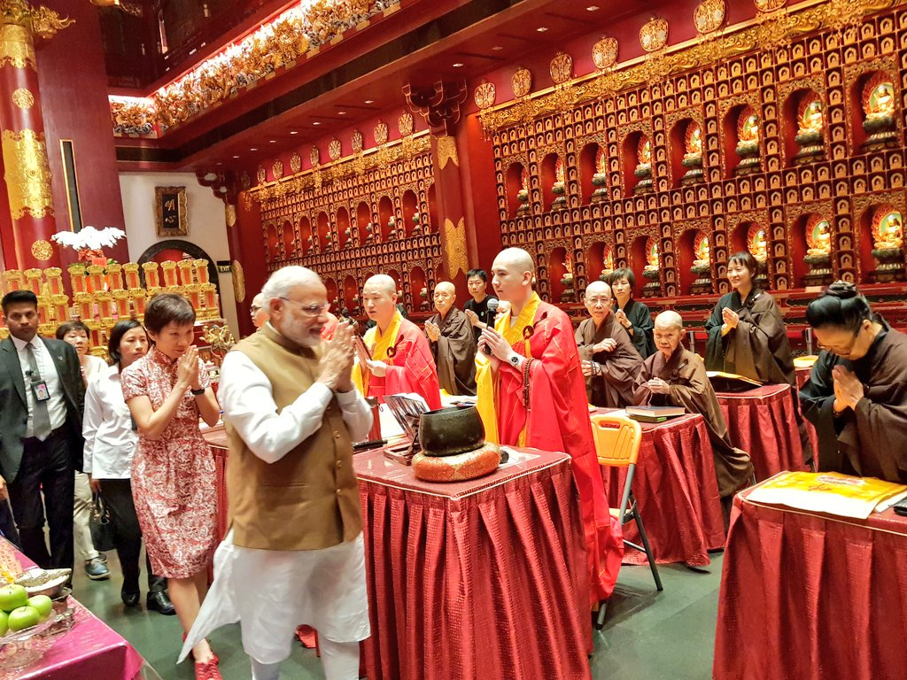 PM Modi visiting the magnificient Buddha Tooth Relic Temple and Museum in Singapore.