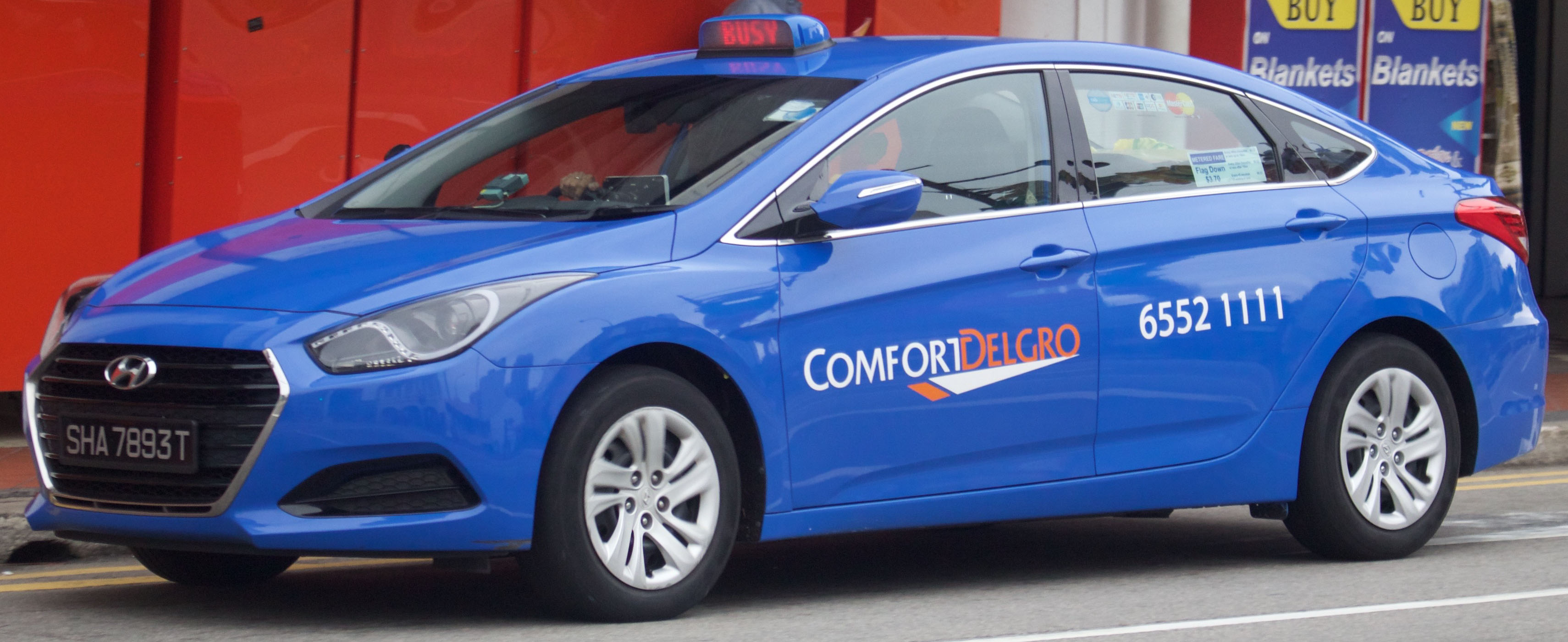 ComfortDelGro Taxi's promo codes are quite popular among people in Singapore. Photo courtesy: Wikimedia