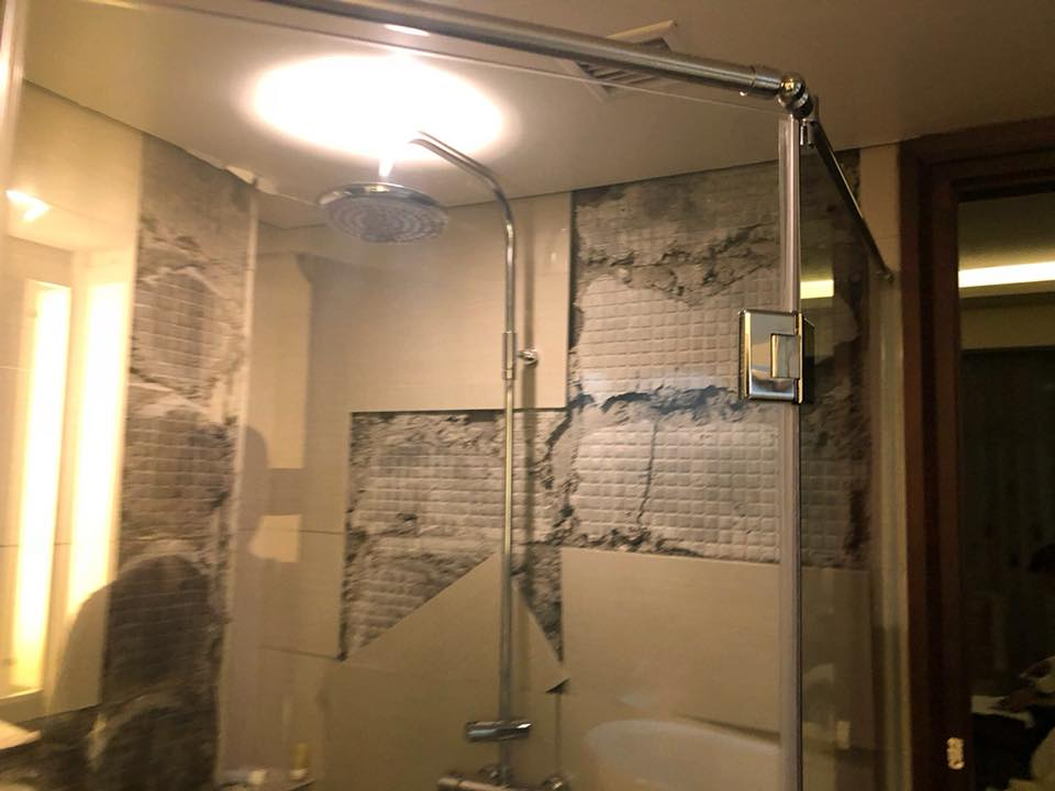The washroom of the hotel in which K Shanmugam, Home Affairs and Law Minister of Singapore, stayed in Lombok island was badly damaged in the earthquake. Photo courtesy: Facebook page of Home Affairs Minister K Shanmugam