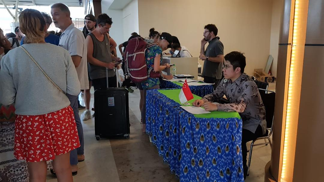 Ministry of Foreign Affairs (MFA) of Singapore has set up a counter at Lombok International Airport to provide consular assistance to Singaporeans affected by the earthquake in Lombok. Photo courtesy: Facebook page of MFA