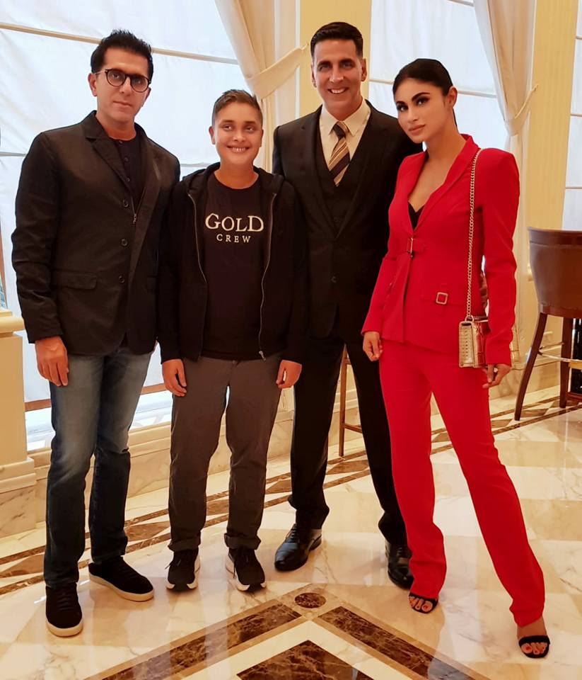 Reema Kagti flanked by Ritesh Sidhwani co-founder of Excel Entertainment to her right and Akshay Kumar and Mouni Roy to her left Photo courtesy: Akshay Kumar FB Page