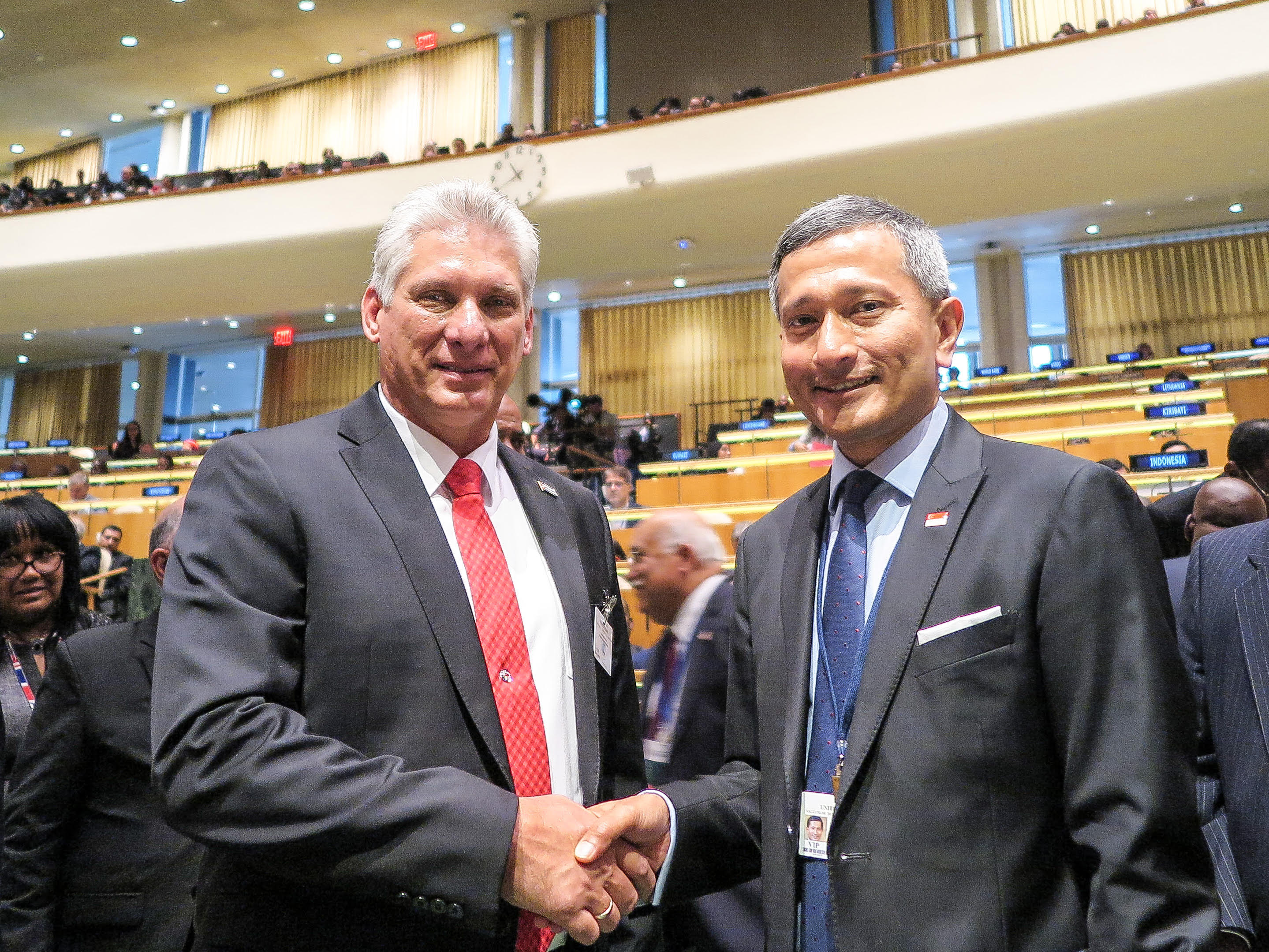 Minister for Foreign Affairs Dr Vivian Balakrishnan meets Cuban President Miguel Díaz-Canel. Photo courtesy: MFA