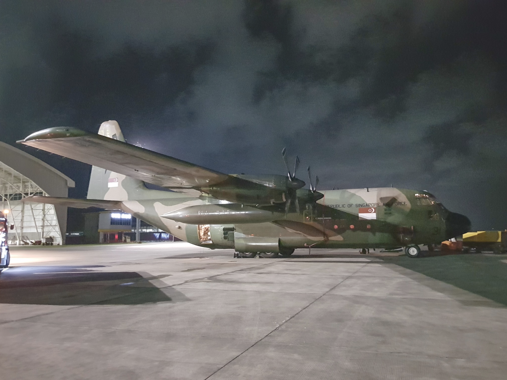 One of the Republic of Singapore Air Force C-130 transport aircraft that delivered humanitarian supplies to Indonesia at Balikpapan Airport. Photo courtesy: Mindef