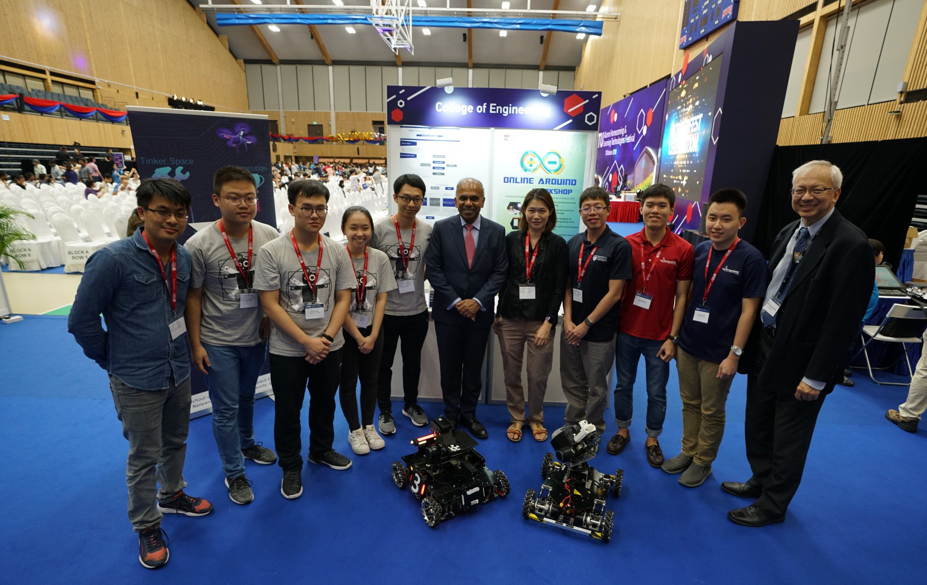 NTU President Professor Subra Suresh with students at the Learning Technologies Festival. Photo courtesy: NTU