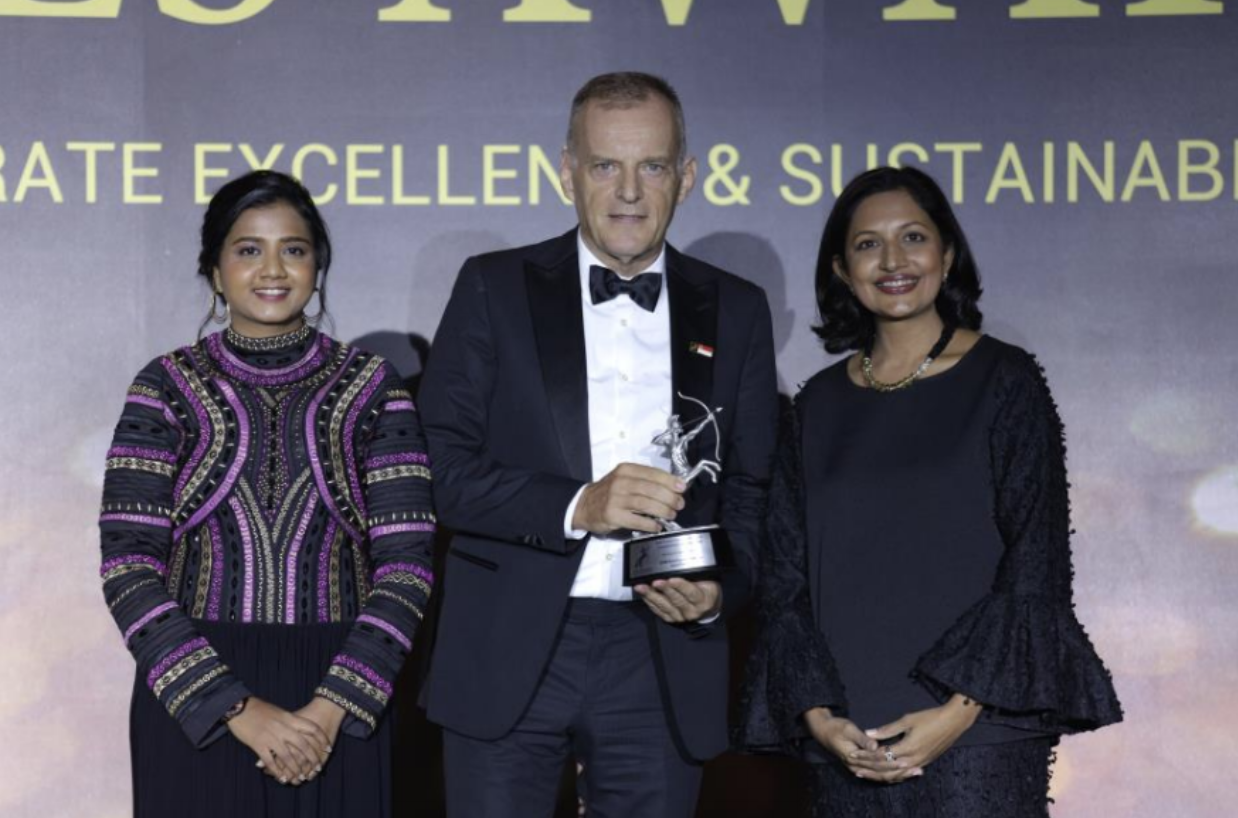 From Left to Right: Shanggari Balakrishnanm, CEO, MORS Group; Pieter Nuboer, DSM Nutritional Products, President, ASEAN, Korea and Oceania; Dr Jayanthi Desan, Judge for ACES awards. Photo courtesy: DSM