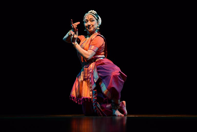 Leela Samson is a virtuoso Bharatanatyam performer and a sensitive interpreter of the nuances of this dance form. Photo courtesy: leelasamsondance.com