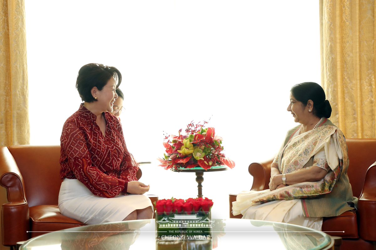 First Lady of South Korea Kim Jung-sook meeting Indian External Affairs Minister Sushma Swaraj. Photo courtesy: Twitter@MEAIndia