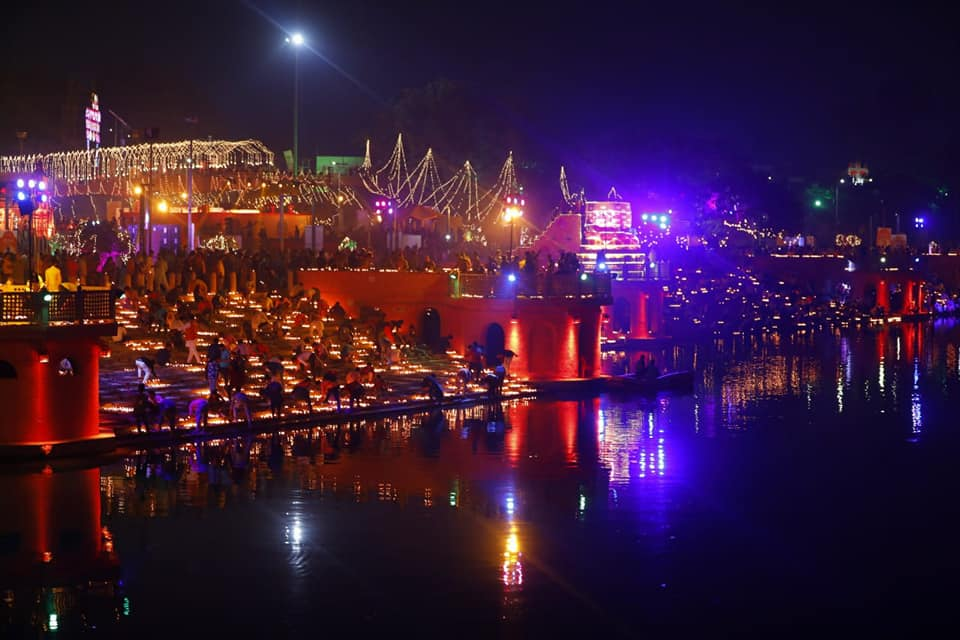 The gentle flowing water of the Saryu reflected the splendour of Ayodhya as the diyas were lit on the banks. Photo courtesy: Facebook page of UP Tourism