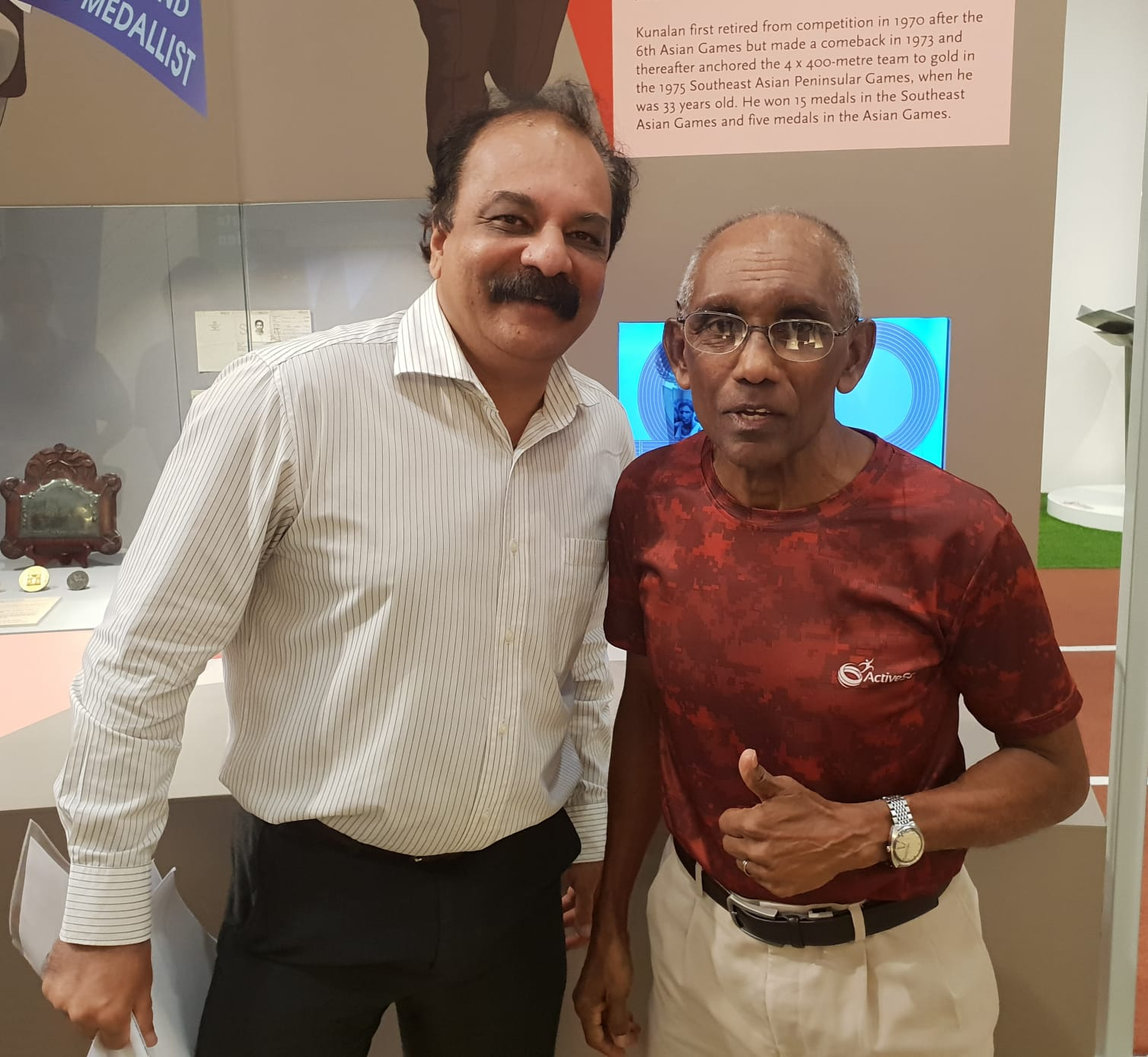 V K Santosh Kumar with the legend C Kunalan