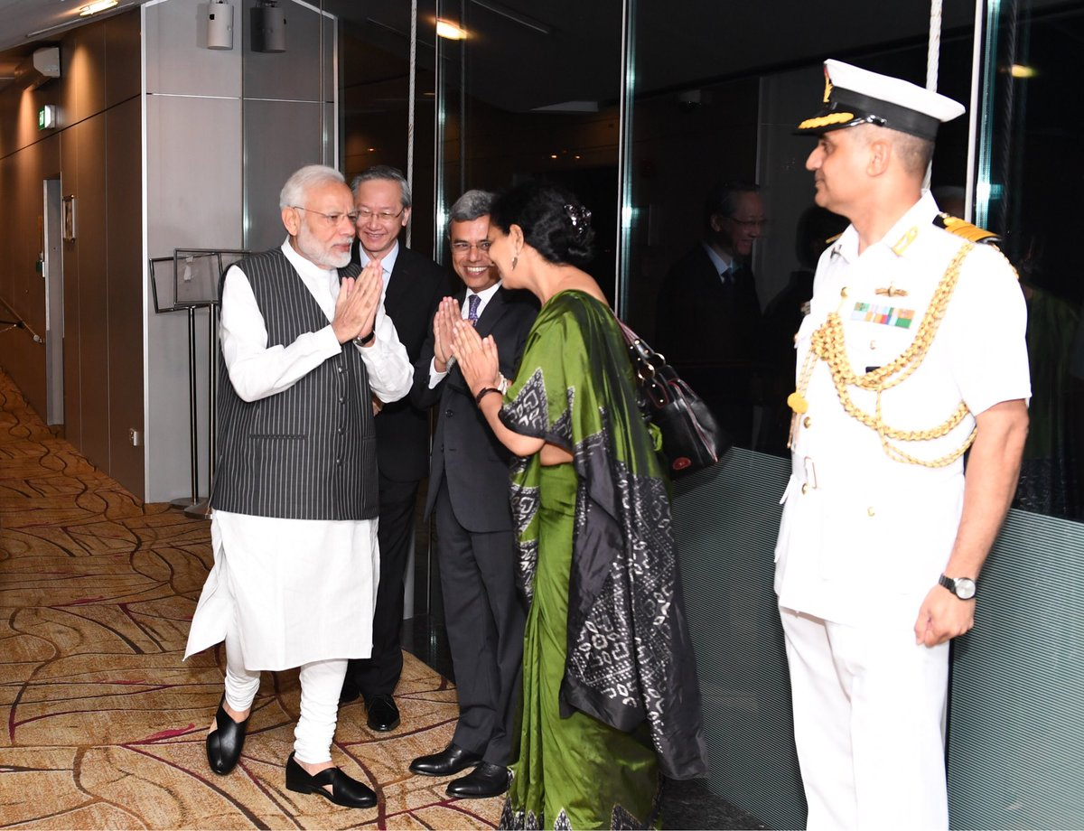 Indian High Commissioner to Singapore Jawed Ashraf welcoming Prime Minister Narendra Modi on his arrival to Singapore (Photo courtesy: Indian High Commission, Singapore