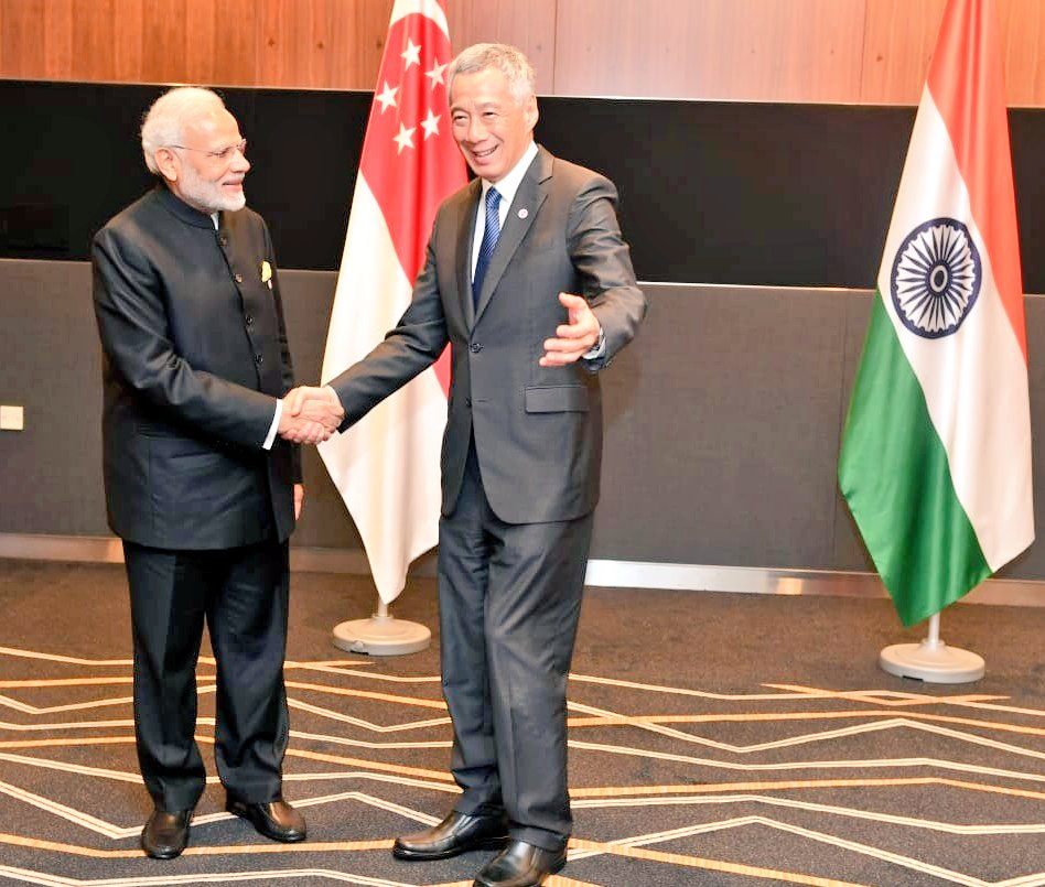 Indian Prime Minister Narendra Modi meeting with his Singaporean counterpart Lee Hsien Loong today in Lion city. Photo courtesy: Twitter@/MEAIndia