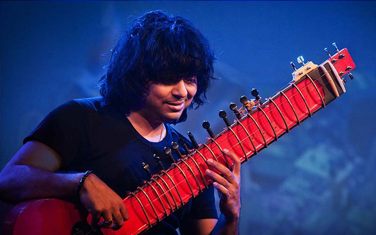 Niladri is a fifth-generation sitar player in his family, trained both under his father, the famous sitarist and classical musician Pandit Kartick Kumar, and the legendary Pandit Ravi Shankar. Photo courtesy: Esplanade Theatres on the Bay