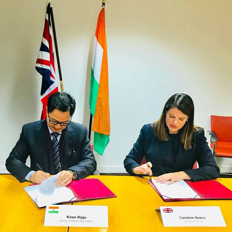 Indian Minister of State for Home Affairs Kirren Rijiju and UK Minister of Immigration Caroline Nokes signed an agreement on deportation of Indian students illegally staying in UK on 11 January this year (Photo courtesy: Kirren Rijiju, Facebook