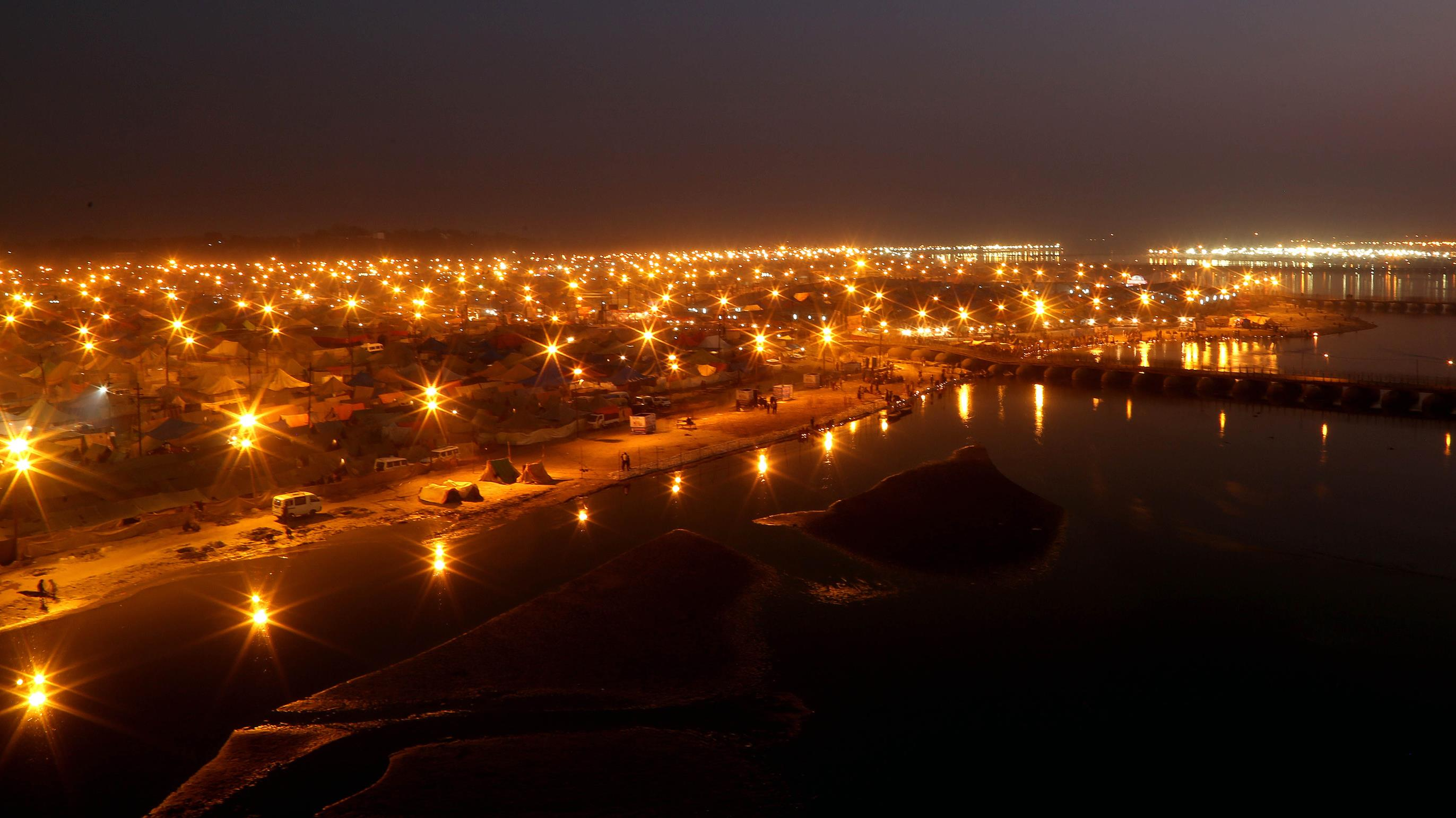 Night view of Sangam – the confluence of rivers Ganga, Yamuna and invisible Saraswati – in Prayagraj where largest largest religious congregation on the planet, Kumbh-Mela is scheduled to be organised from January 15, 2019. Photo courtesy: kumbh.gov.in