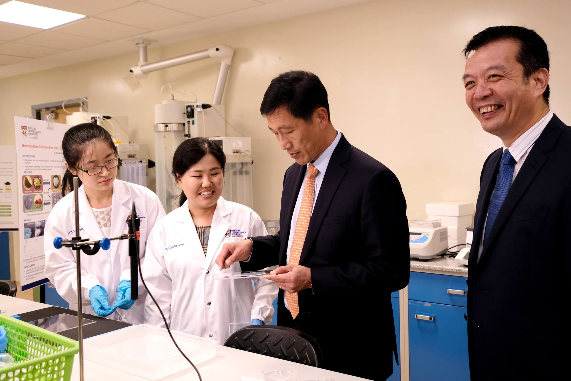 Minister for Education, Mr Ong Ye Kung, opened the F&N-NTU F&B Innovation Lab on Monday, January 7. Photo courtesy: NTU