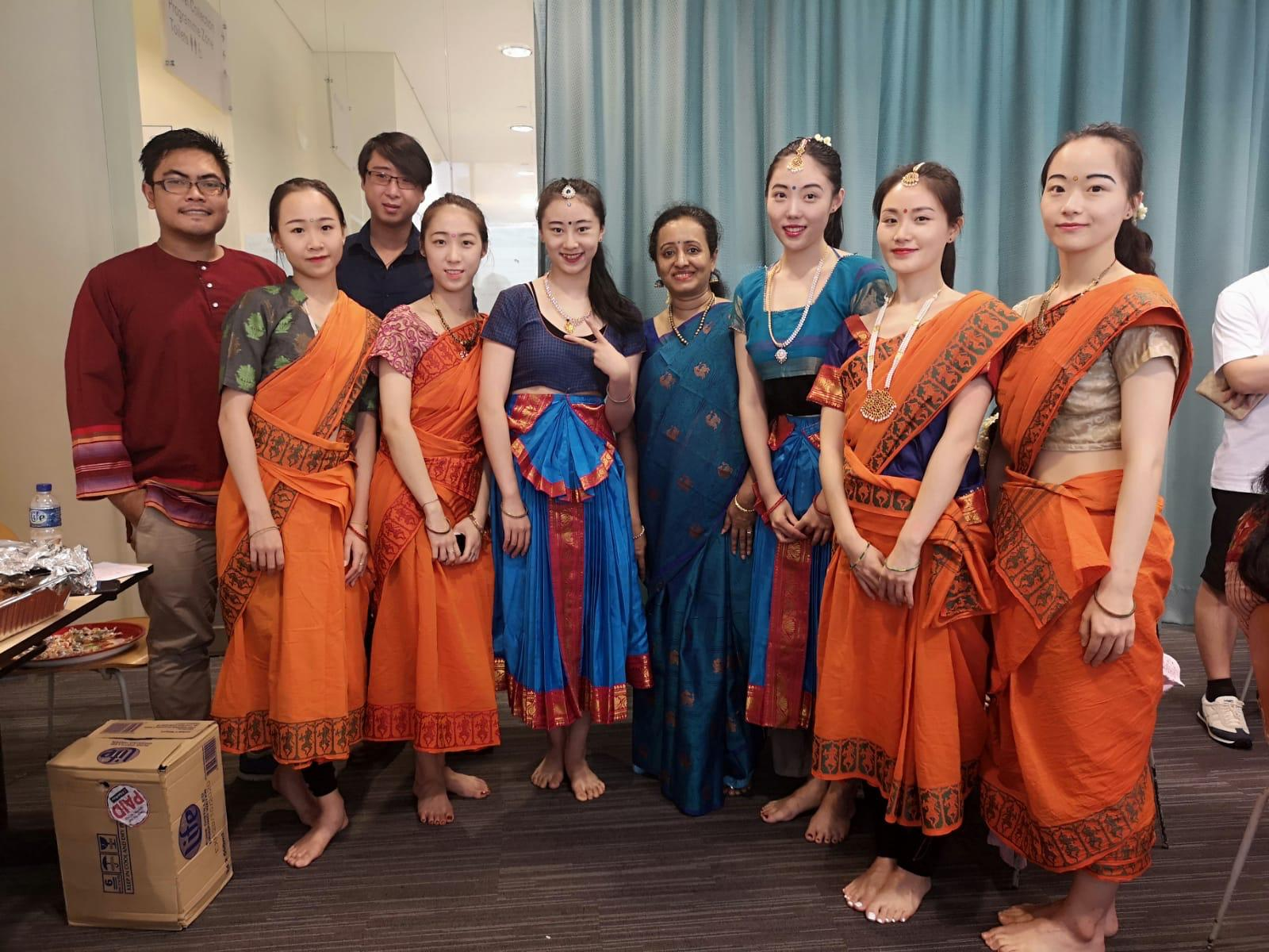 Soundara Nayaki Vairavan (centre) with Khalid Bin Supandi, Jireh Koh Yi and the performers from Singapore Raffles Music College. Photo courtesy: Soundara Nayaki Vairavan