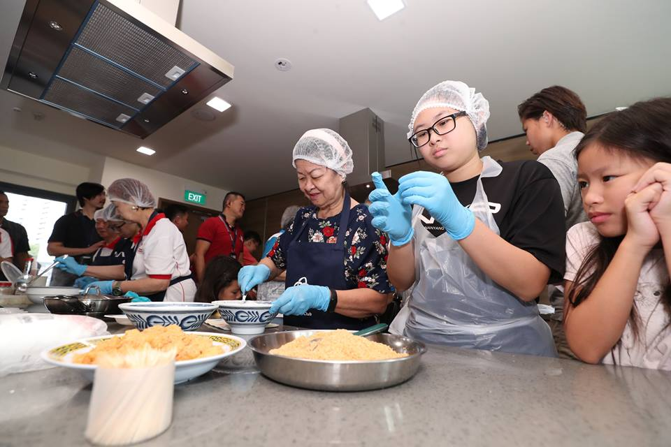 The upgraded culinary studio at Teck Ghee Community Club has new and improved facilities for cooking enthusiasts. Photo courtesy: Facebook page of PM Lee