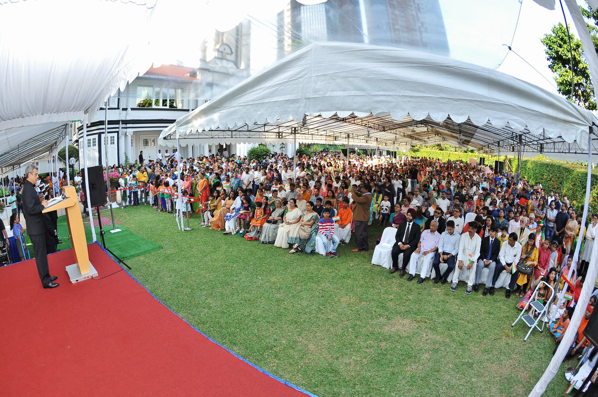Indian High Commission puts in a great effort in including large numbers of Indians living in Singapore in the Republic Day celebrations. A Little India forms in the lawns of the High Commission. Photo courtesy: Indian High Commission
