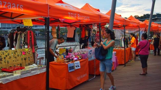 Photo courtesy: Sentosa Boardwalk Bazaar