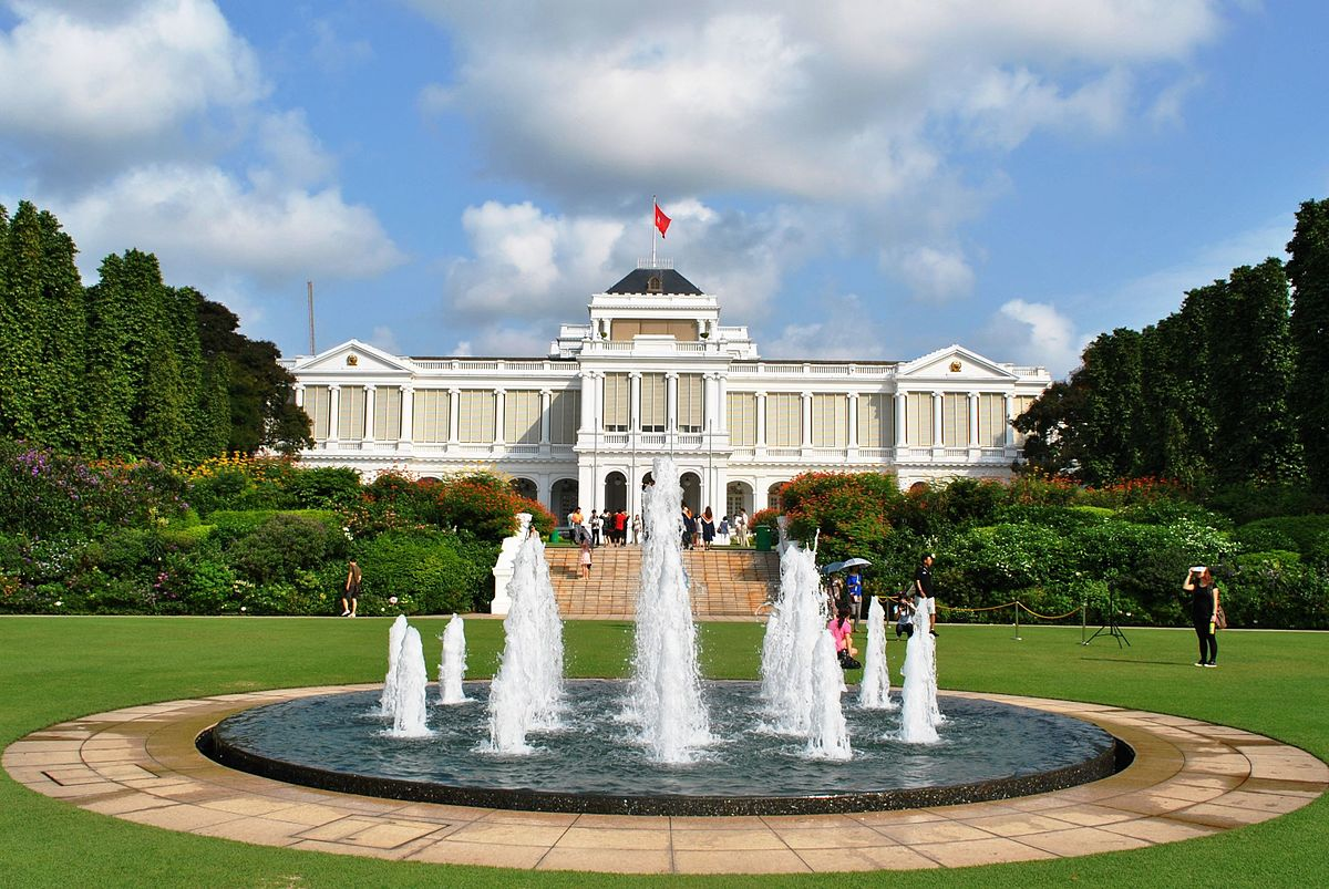 The abode of Singapore's President Istana is similar to many 18th Century neo-Palladian style buildings designed by the British. Photo courtesy: Istana