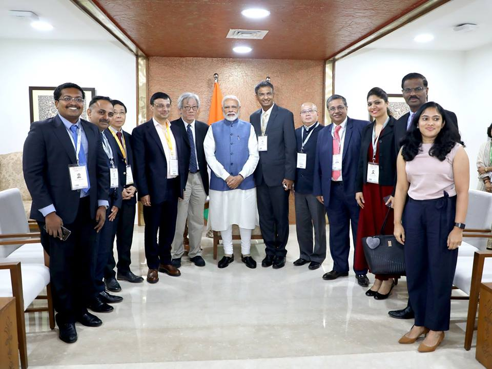 Delegation of Singapore Indian Chamber of Commerce & Industry (SICCI) along with Indian Prime Minister Narendra Modi during Vibrant Gujarat Global Summit organised at Gandhinagar. Photo courtesy: Facebook page of SICCI