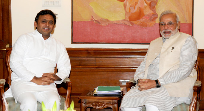 Former Uttar Pradesh CM and Samawadi Party leader Akhilesh Yadav (left), seen here with PM Narendra Modi, is among those who have questioned the integrity of the EVMs. Photo courtesy: Wikimedia