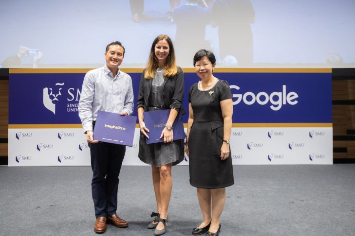 Tan Kiat How, Chief Executive Officer of Infocomm Media Development Authority (IMDA), with Stephanie Davis (centre), Country Director of Google Singapore, and SMU President Professor Lily Kong (right). Photo courtesy: SMU